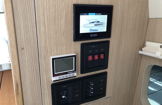 The Aquila 32 control panel