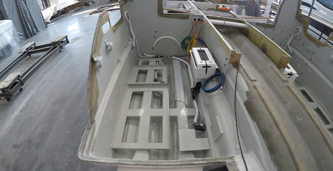 The molding of an Aquila power catamaran