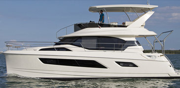 Photo of Aquila 44 on water - Awarded the 2014 AIM Media Editor's Choice Award for Best Multihull 40'-49'