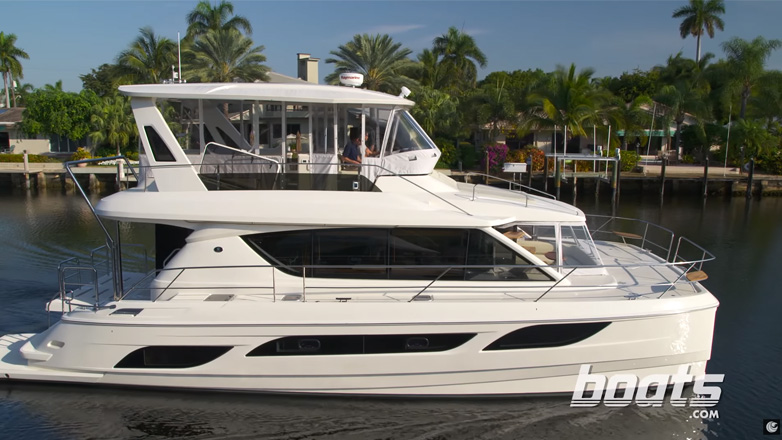 Aquila 48 Power Catamaran